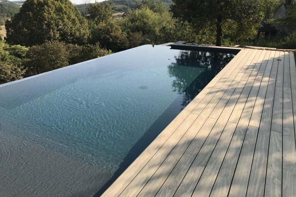 Réalisation et conception de piscine Perret Paysage